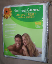 NEW Mattress Guard TWIN Waterproof Allergy Protection Zippered Protector Bed Bug
