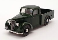 Matchbox Dinky 1/43 Scale DY8-B - 1948 Commer 8 CWT Van - Green