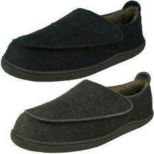 Mens Clarks Warm Lined Slippers - Relaxed Charm