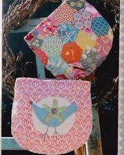 PATTERN - Zippered Bird Purse - EPP & Applique PATTERN - Hatched & Patched
