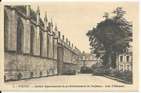 CPA -76- YVETOT - Institut départemental de perfectionnement de l'enfance - Cour