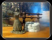Barzso Pioneer Lady w/bucket*W/ RARE*Water*Pouring*54mm*Davey Crockett Playset