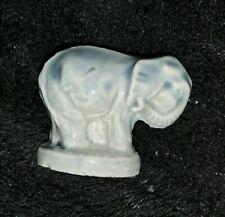 Wade Blue Elephant Red Rose Tea Miniature Porcelain Figurine - England Rare ��m9