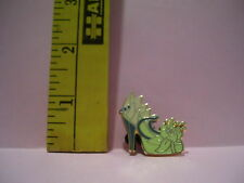 Walt Disney TIANA PRINCESS SHOE TRADING Hat Lapel Pin Badge