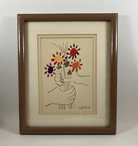 PABLO PICASSO Hand With Flowers Lithograph Portal Publications 10 3/4 X 8 3/4