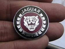 ENAMEL JAGUAR PIN BADGE CLASSIC BRITISH VINTAGE CAR CLUB OWNERS SPORT MOTORSPORT