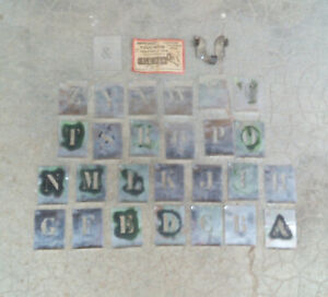 lot ancien pochoir métal alu industriel alphabet