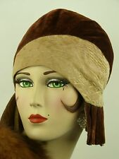 VINTAGE HAT 1920s USA, EXCEPTIONAL CLOCHE, LASDON NY & PARIS, VELVET PLEAT SIDES