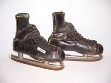 Vintage Bauer Men's Hockey Ice Skates Size 9 Made in Canada