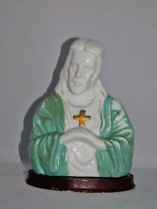 BUSTE DU CHRIST EN CERAMIQUE OU PORCELAINE SOCLE EN BOIS  HAUT 17CM  ARL24