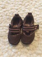 NEW BALANCE Shoes Baby Girls Brown Pink Hook Loop Fastener Sneakers sz 3