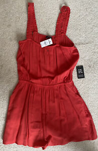 NWT EXPRESS Coral Red Sleeveless Romper With Pockets - Women's Size Small