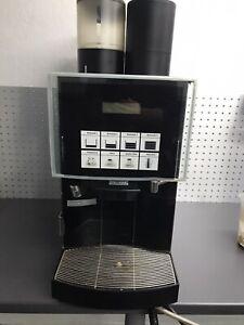 Kaffeevollautomat Franke Spectra X Gastronomie Mengenbrüher  mit Festwasser