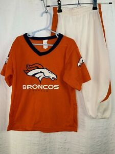 NFL Denver Broncos Deluxe Youth Small Football Helmet and Jersey Set Costume