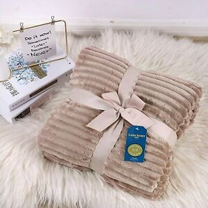 Luxurious Throw Fleece Blanket Mink Super Soft Warm Smooth Sofa Bed Snuggling