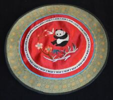 China Handicraft Hand Made Silk Textile Export Embroidery in 80s Panda Pattern