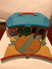 Thomas Take Along And Play Tidmouth Train Roundhouse Shed Portable Track Storage