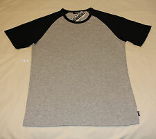 Bonds Mens Grey Marle Black Besties Short Sleeve Raglan T Shirt Size S New