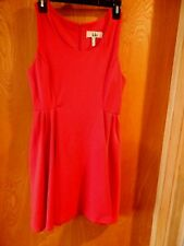 Lola LITTLE RED DRESS cute flattering excellent condition JUNIOR SIZE: L