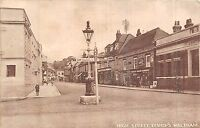 POSTCARD   HAMPSHIRE   BISHOP'S  WALTHAM   High  Street