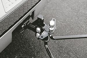 Genuine Nissan Weight Distributing Hitch Ball Mount 999T7-WQ820