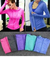 Polyester Yoga Activewear for Women with Mesh Lining