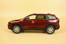 1/18 new Jeep Cherokee diecast model dark red color