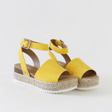 442c2c657a1 Ankle Strap Sandal Espadrille-lined Sole Sporty Wave-siped Flatform Yellow