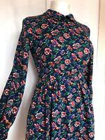 Vintage 1960s Small Blue Floral Cute Mod Retro Kitsch Collar Skater Tea Dress