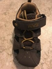 Teva DOZER Boys Closed Toe Chocolate brown Sandals  NEW Little Boys Size 9