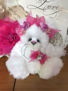 ~ SnowBall ~ Absolutely Adorable Cute & Cuddly Kitty Cat ~ Bears By Donna Jean ~