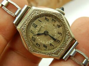 Vintage Ladies 14K white rolled gold plate Bulova 10AN 15 jewel watch Circa 1926