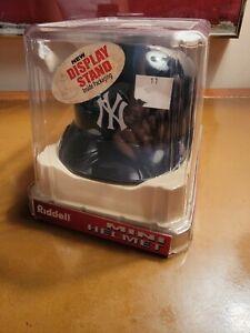 New York Yankees Riddell Mini Helmet