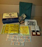 WWII Girl Scout Official First Aid Kit Cardboard Wartime Container Circa 1942