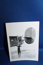 Original WW2 Photograph of U.S. Army Air Forces Airman w/Aircraft Guns