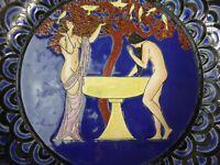 PLAT CERAMIQUE EMAUX GEORGES BARBIER CHANSON DE BILITIS STYLE ART DECO LOUYS 472