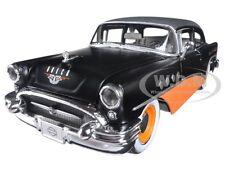 1955 BUICK CENTURY HARLEY DAVIDSON BLACK/ORANGE 1/26 DIECAST BY MAISTO 32197