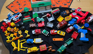Huge Fisher Price GeoTrax Lot of Trains / Remote Controls / Accessories MUST SEE