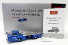 Modellini statici di auto da corsa blu pressofuso per Mercedes