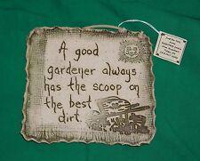 POTTERY FOLK ART DIRT GREEN THUMB CLAY GARDEN GARDENER WALL HOME DECOR PLAQUE