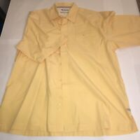 COLUMBIA - PFG - MEN'S SIZE LARGE - SHORT SLEEVE BUTTON-FRONT SHIRT - YELLOW