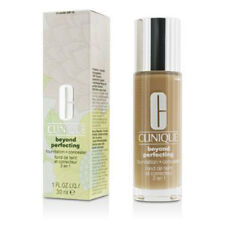 **REDUCED** Clinique Beyond Perfecting Foundation & Concealer 14 VANILLA (MF-G)