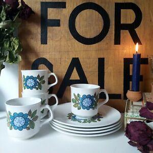 J & G MEAKIN 'TOPIC' BLUE FLOWER MUGS & PLATES SET (4)