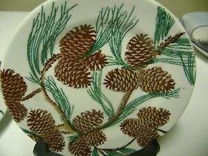 Tepco Needles and Pine Pinecone 7 Inch Bread Plate