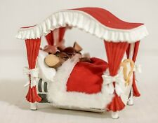 Charming Tails 87/159 Cuddled In For Christmas - In Box