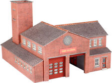 N Scale Fire Station - Metcalfe PN189