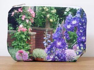 Makeup Bag Purse Cosmetics Gifts Brass White Zipper Flower Floral Garden