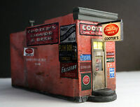 "Downtown Deco HO Scale Gauge Hydrocal ""Cooters Liquor"" kit.+ $15 sidewalks!"