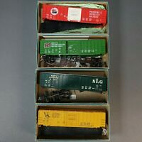 4 Vintage Lot of HO Scale Train Freight Box Cars in ATHEARN Boxes