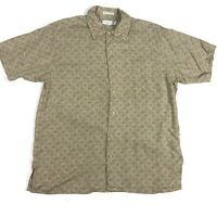 Geoffrey Beene Mens Botton Up Shirt Size Medium Short Sleeve